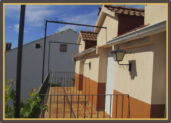 Sanahuja II - Balcones Habitaciones