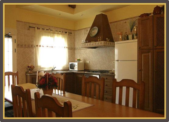 Rural Sanahuja II - Cocina / Comedor